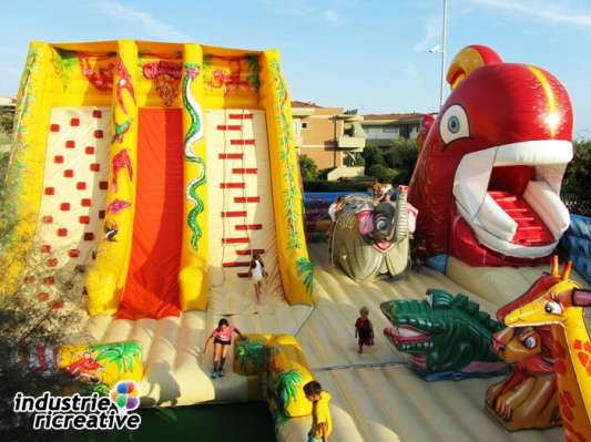 Big Jungle - bouncy castle 3 parts - production and sale of inflatable games for Leisure Centres and playgrounds