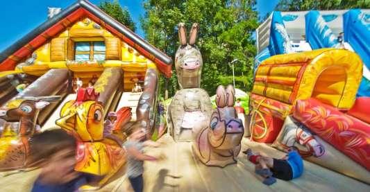 Chalet playground gonfiabile - con scivolo montagna da scalare