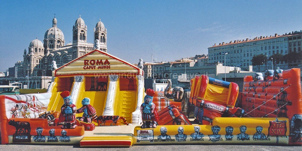 Giant inflatable playground manufacturers