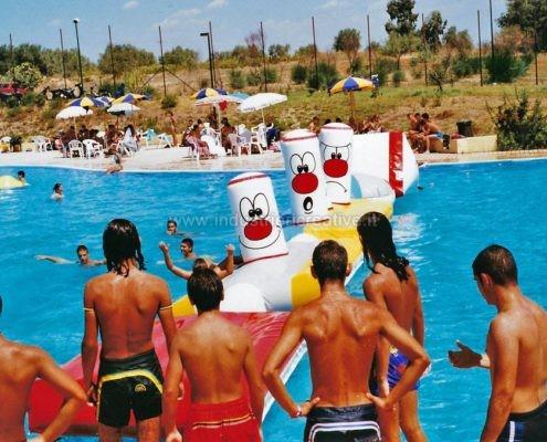Produzione e vendita di percorso gonfiabile galleggiante per piscine