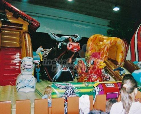 Produzione e vendita di grandi giochi gonfiabili per parchi giochi, lunapark, hotel, camping, ristoranti - Grande gioco gonfiabile Fattoria
