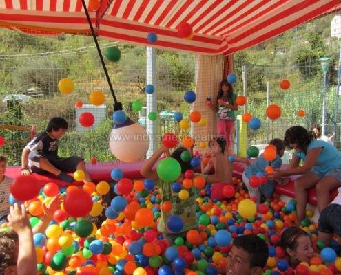 Camera con palline - palline in plastica - produzione e vendita