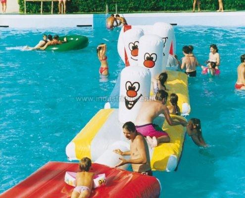 Produzione e vendita di percorso gonfiabile per piscine gallleggiante