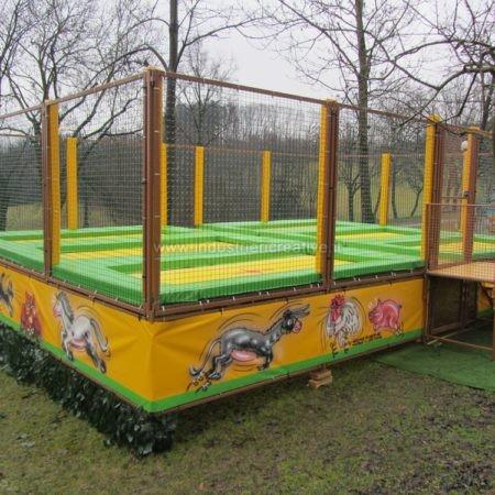 Produzione di trampolini elastici personalizzati - Trampolinanlage