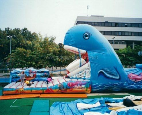 Balena gonfiabile - produzione e vendita di giochi gonfiabili animati