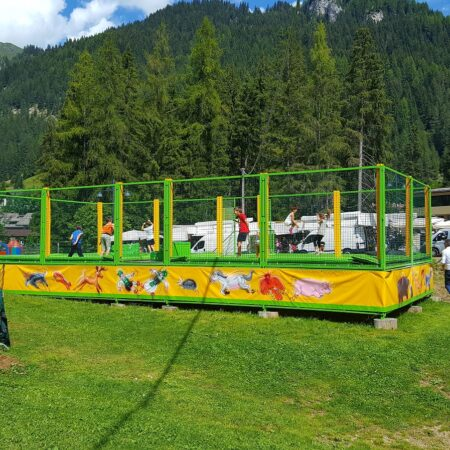 4-places trampoline in Canazei mountains