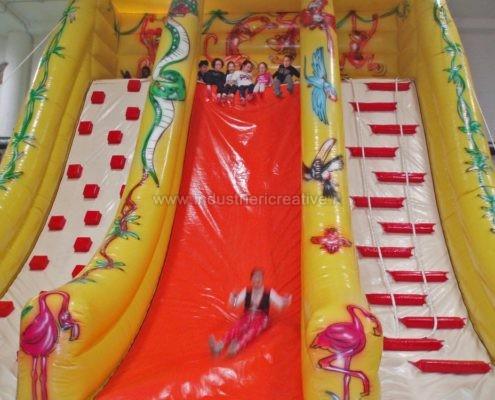 Scivolo gonfiabile Giungla - grandi scivoli gonfiabili per parchi giochi, lunapark, ludoteche, aree bambini - vente de toboggan gonflable jungle