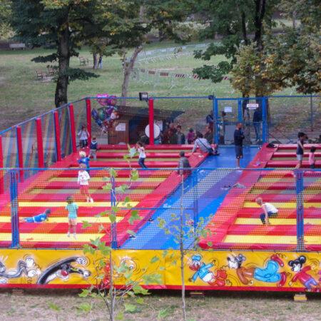 16 professional trampolines - public park Parma, Italy