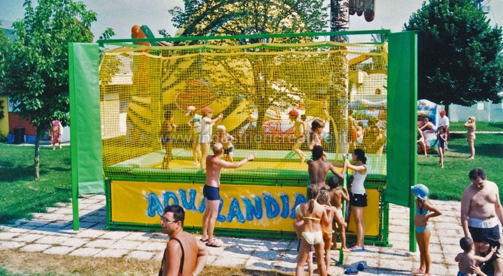 Produzione e vendita di trampolini per privati