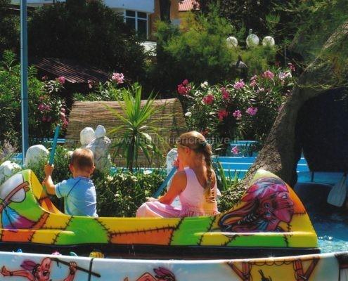 vendita di attrazione per bambini - Flume ride per luna park e parchi gioco - fabrication de manèges pour parcs d'attractions