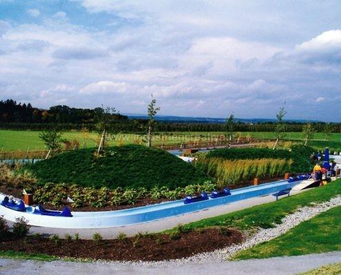 Produzione e vendita giostra acquatica per luna park e parchi gioco - sponsor Nivea