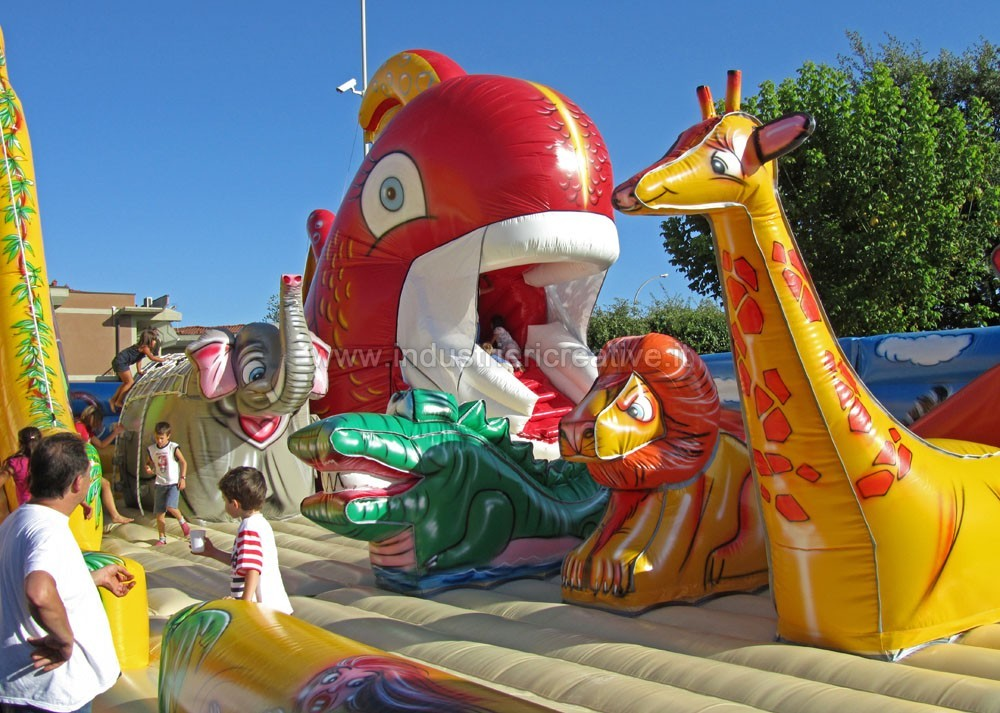 Big inflatable playgrounds manufacturers