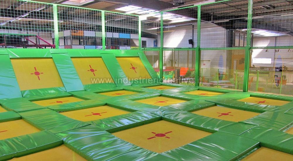 Struttura Dodgeball - produzione e vendita tappeti elastici per Trampoline Park
