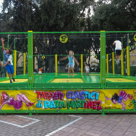 6-places trampolines