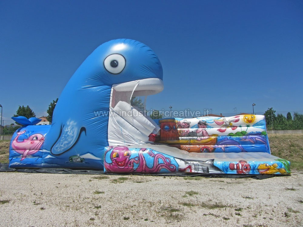 Sales of inflatable games for playgrounds and leisure parks