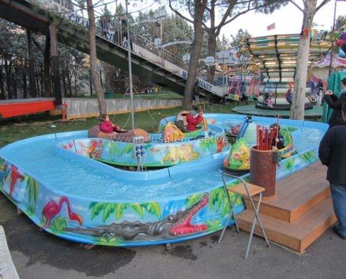 Produzione e vendita di attrazione acquatica Jungle River per luna park e parco giochi - fabrication de manèges pour parcs d'attractions