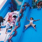 Scivolo gonfiabile gigante Onda per parchi gioco