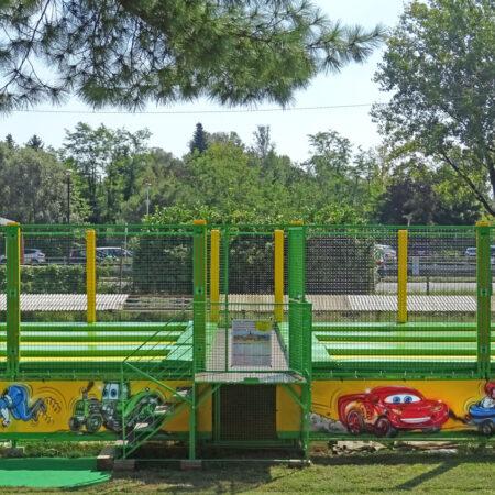 6-places trampoline in Gottard park