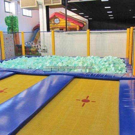Modular trampolines with foam cubes supply - Vendita trampolini elastici con gommapiuma