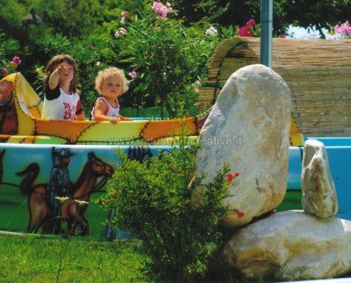 vendita di attrazione per bambini - Produzione e vendita di giostre per luna park - construction and supply of water attractions for amusement park and plauground