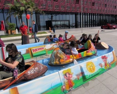 Produzione e vendita di giostre per luna park - fabrication de equipement pour parcs d'attractions